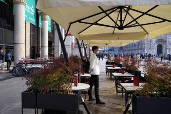 Zona gialla dal 26 aprile e riapertura ristoranti all'aperto   Adnkronos