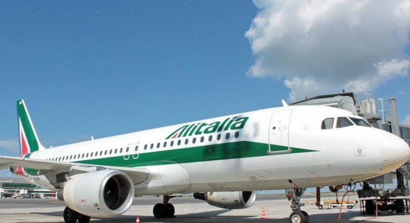 Ita, ecco gli stipendi dei piloti. Dimezzati rispetto ad Alitalia, più bassi di Ryanair | IlSole24ore